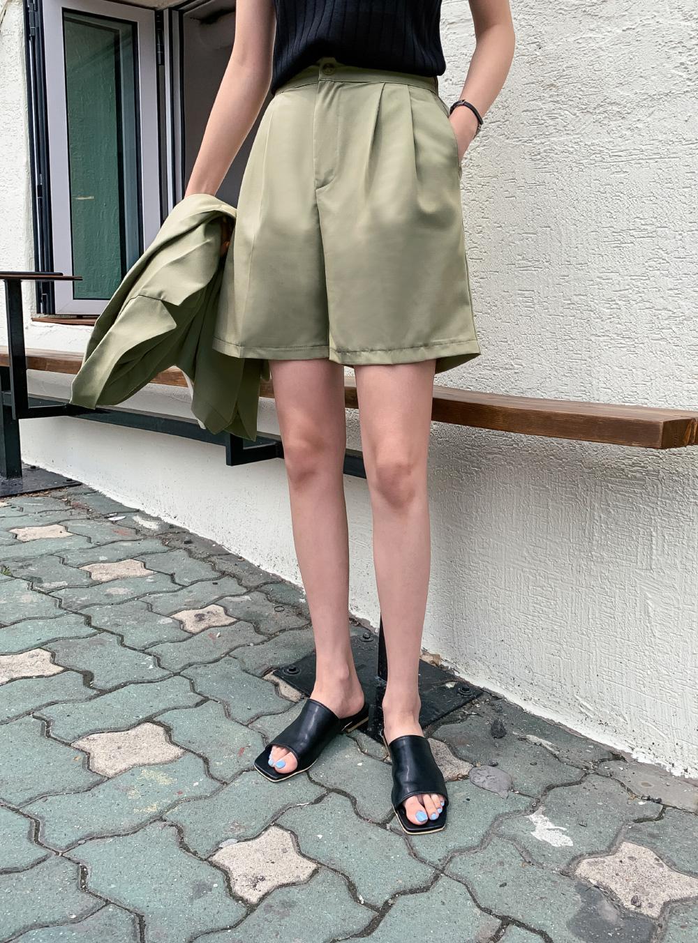 3-button semi-overfit short sleeve jacket