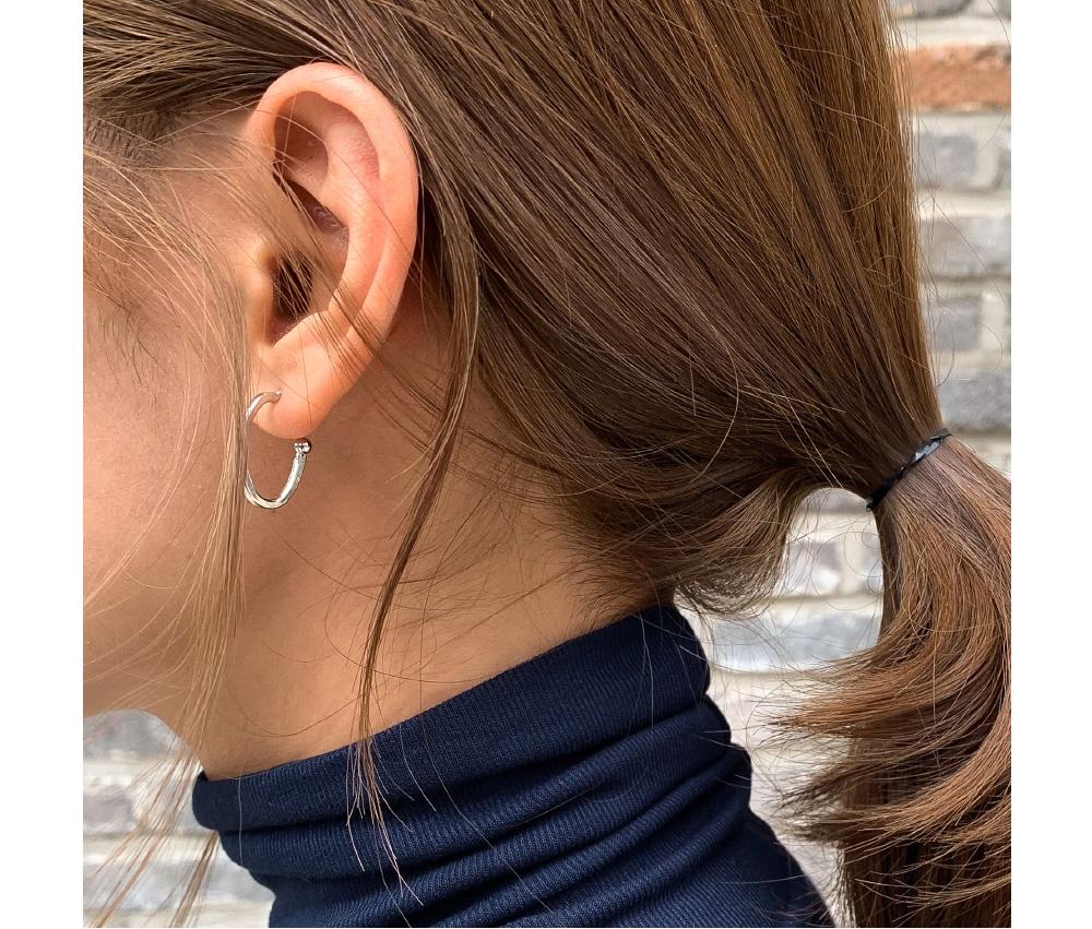 simple ellipse earring