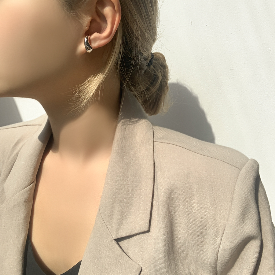Bold curve ring ear cuffs