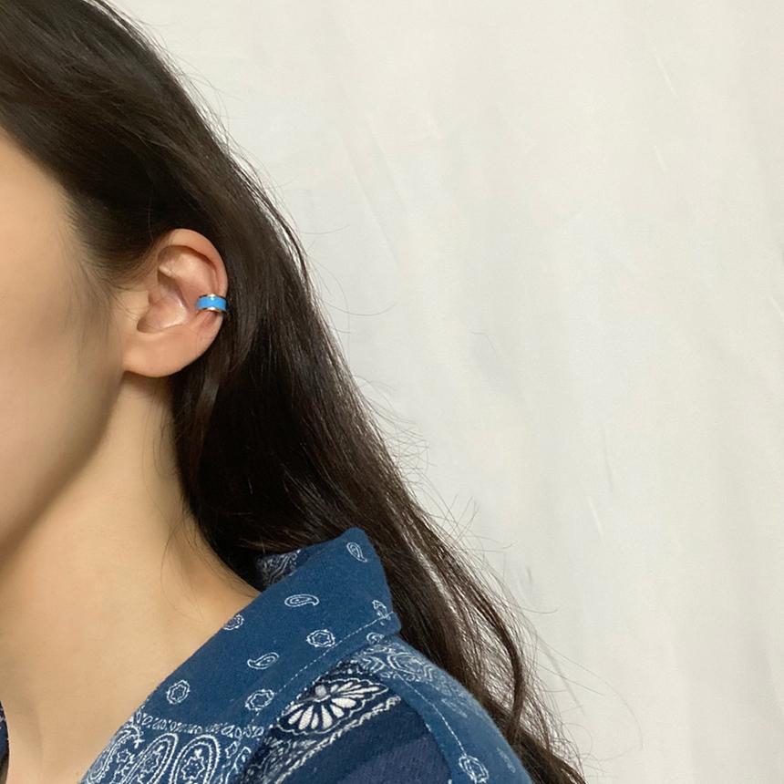 Noi Vivid color ear cuff