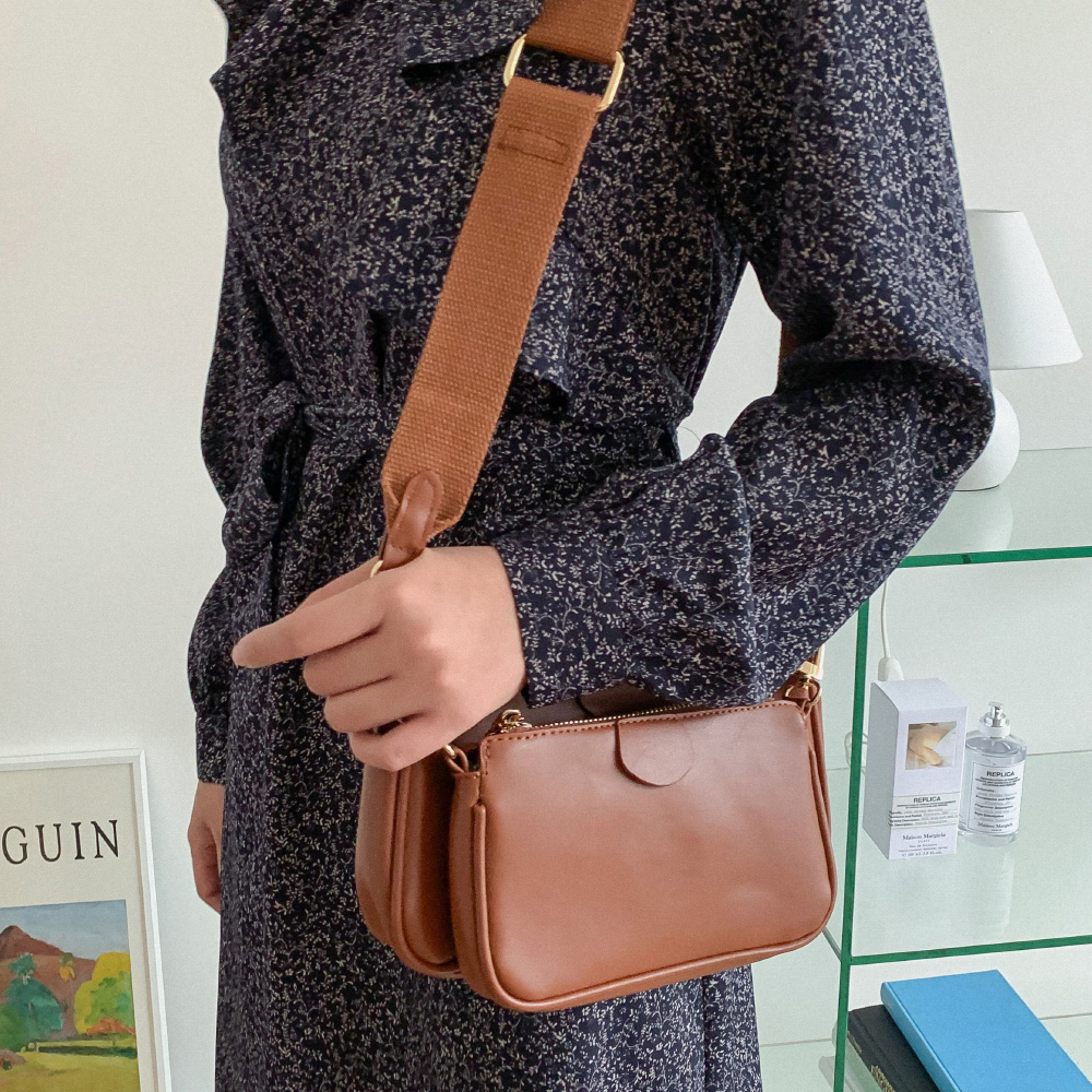 Daily pouch set leather bag