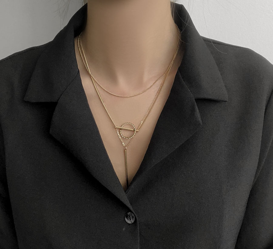 Non-stick layered long necklace
