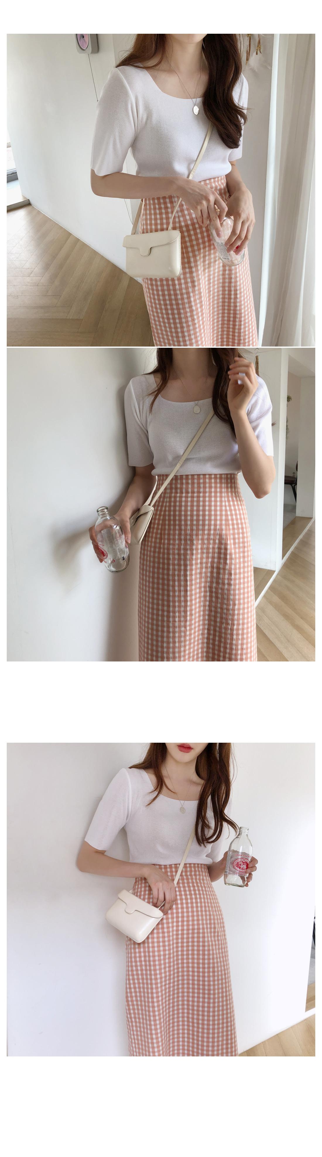 Dove Square Short Sleeve Knit