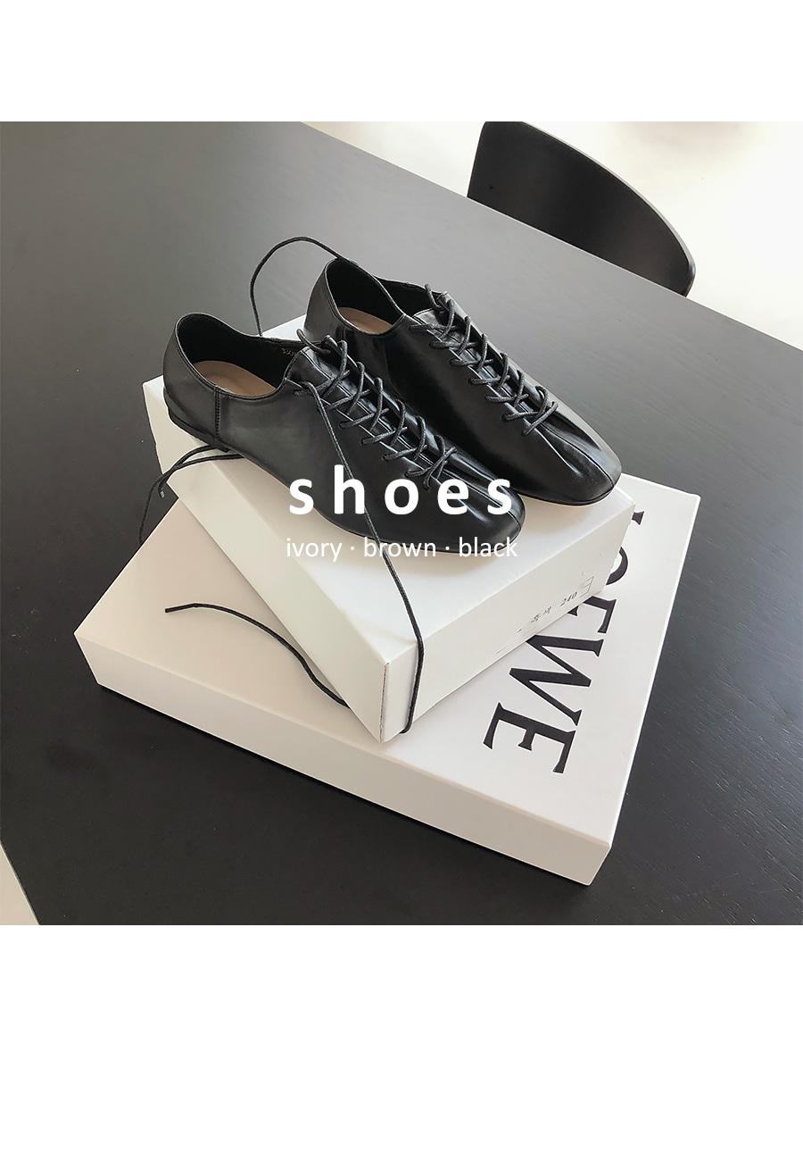 Amigo strap loafers