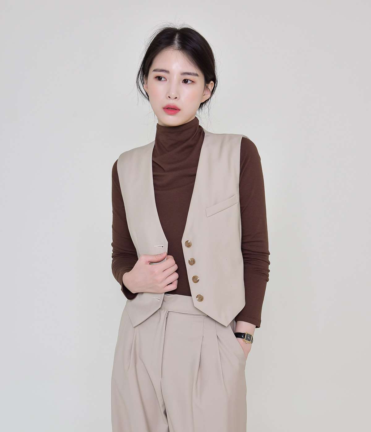 Fine vest