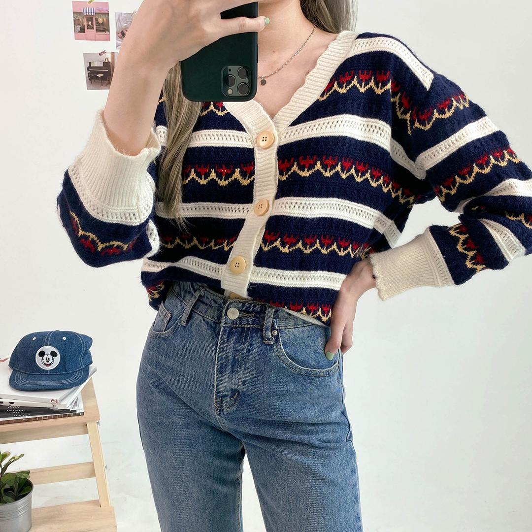 Lovely flower knit cardigan