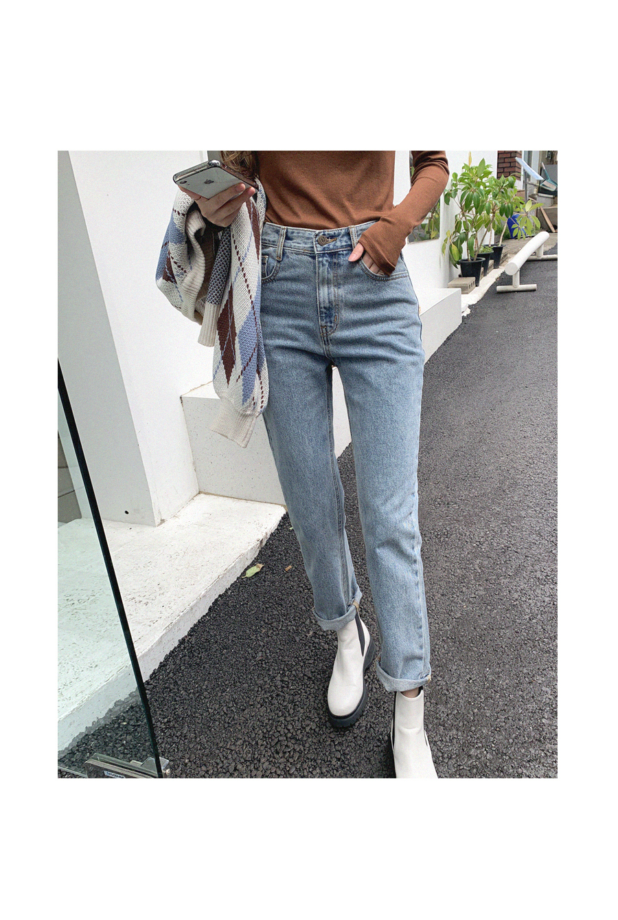 Slim exhaust fit attractive denim pants