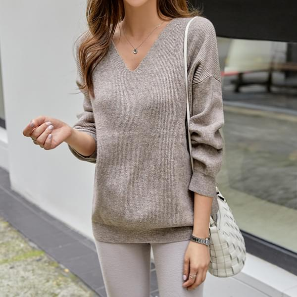 Wool V Loose Fit Knit #108409