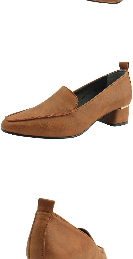 Classic loafers low heel pumps brown