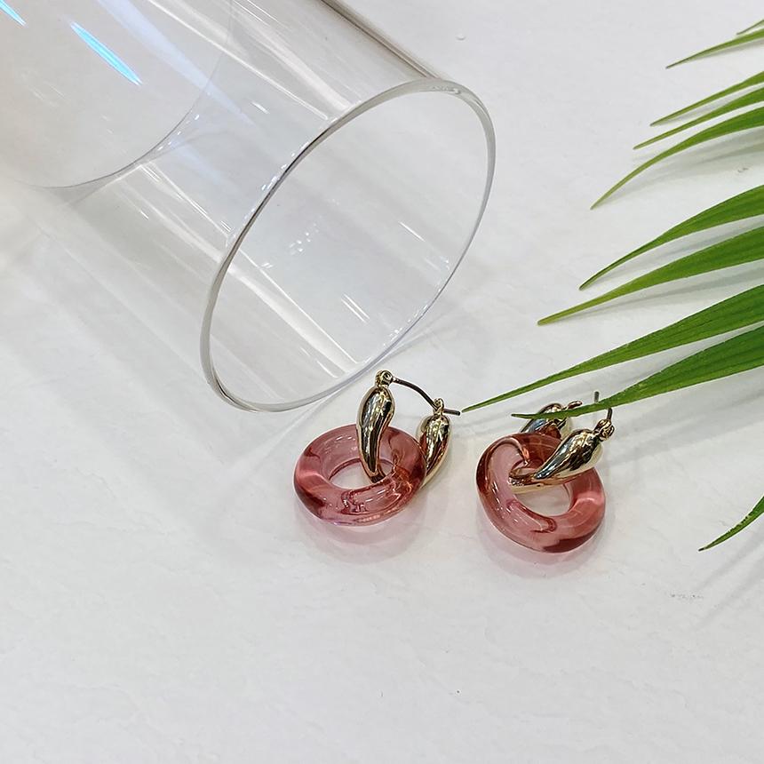 Noi Fruit Ring Gold Nickel Needle Earrings