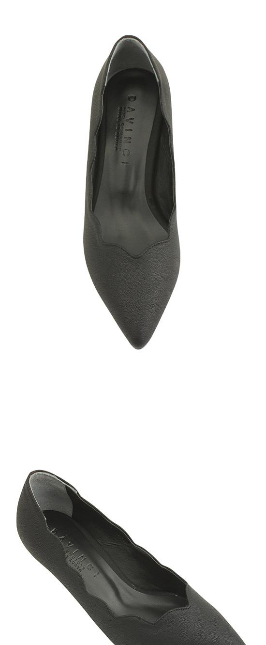 Wave wave pointed nose middle heel black