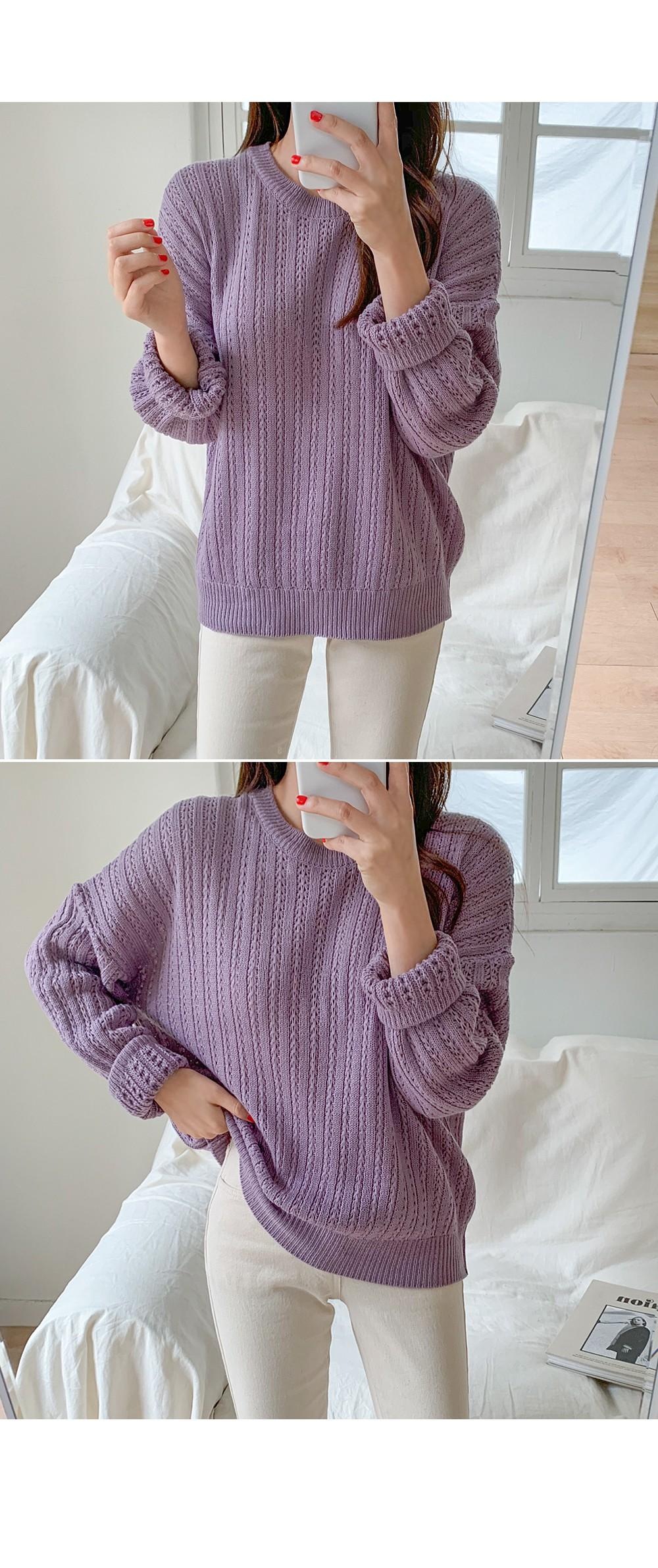 Jenny Knitting