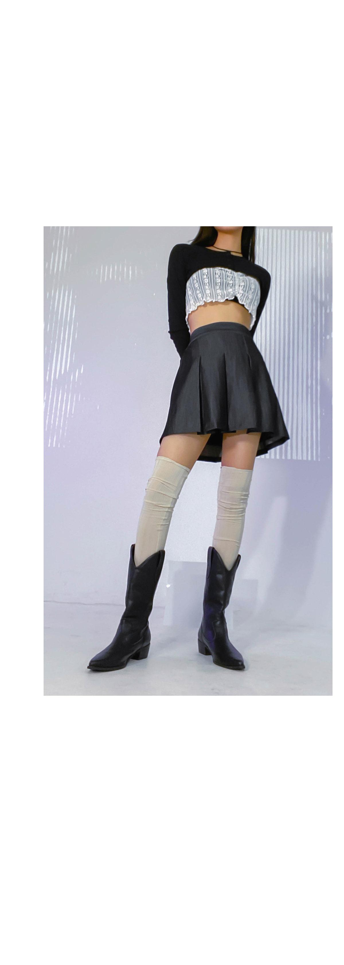 Pleated fold denim skirt