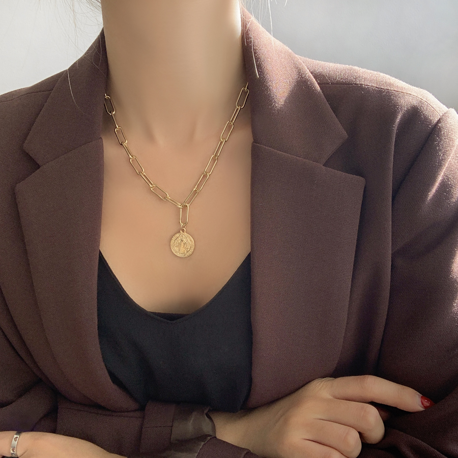 Bien Bold Chain Layered Necklace
