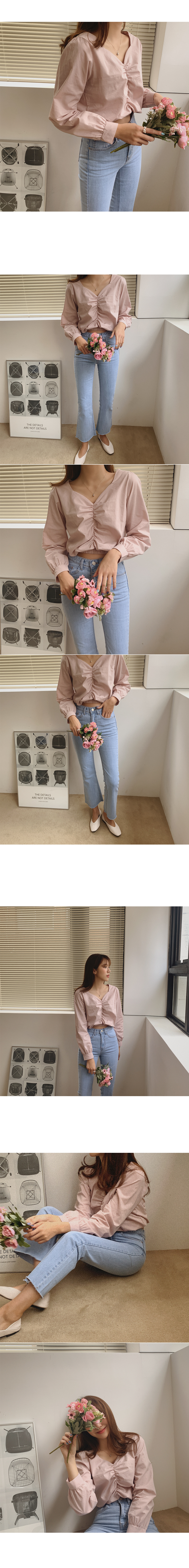 Twill shirring blouse