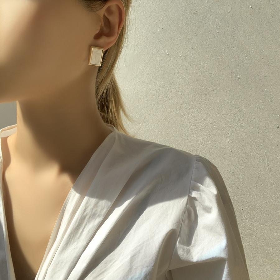 Serine Flower 4-piece Set Earrings