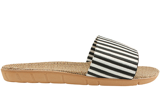 Striped ratan slippers black white