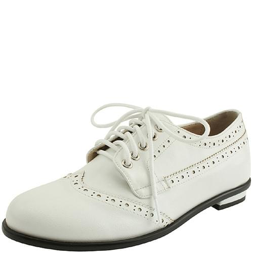 Wingtip oxford loafers white