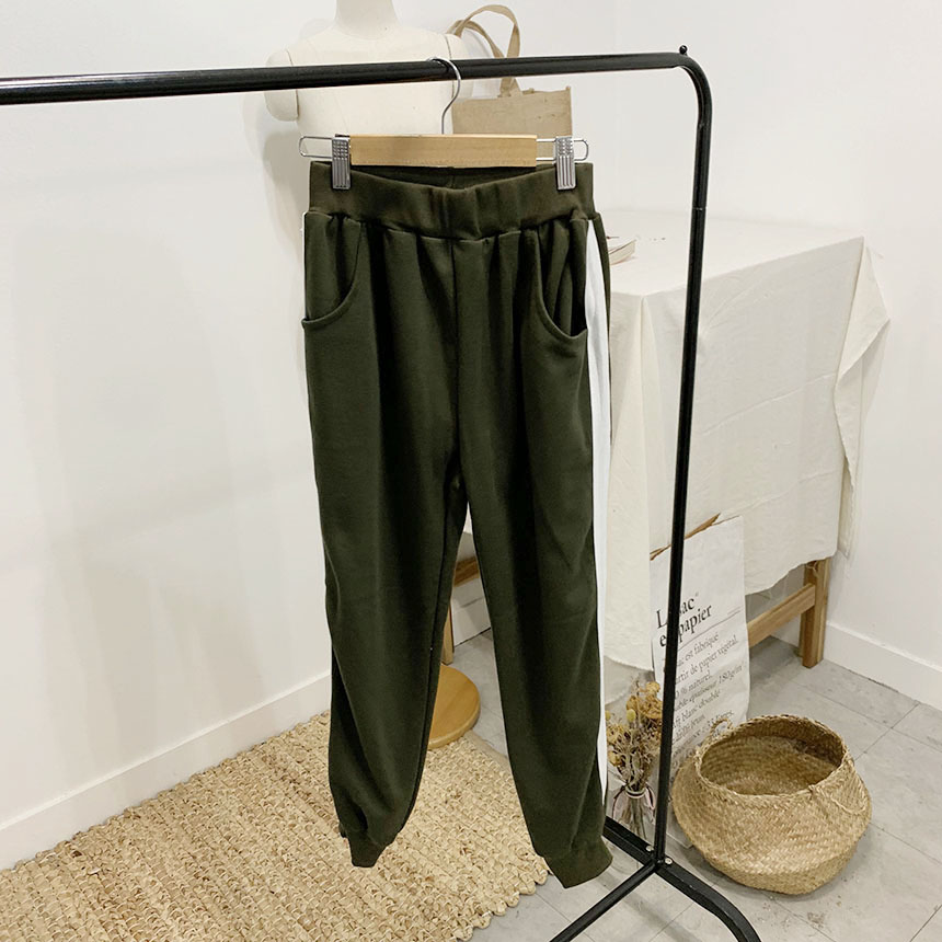 On Duffle Color Line Training Pants