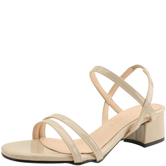 Enamel Banding Strap Middle Heel Sandals Beige