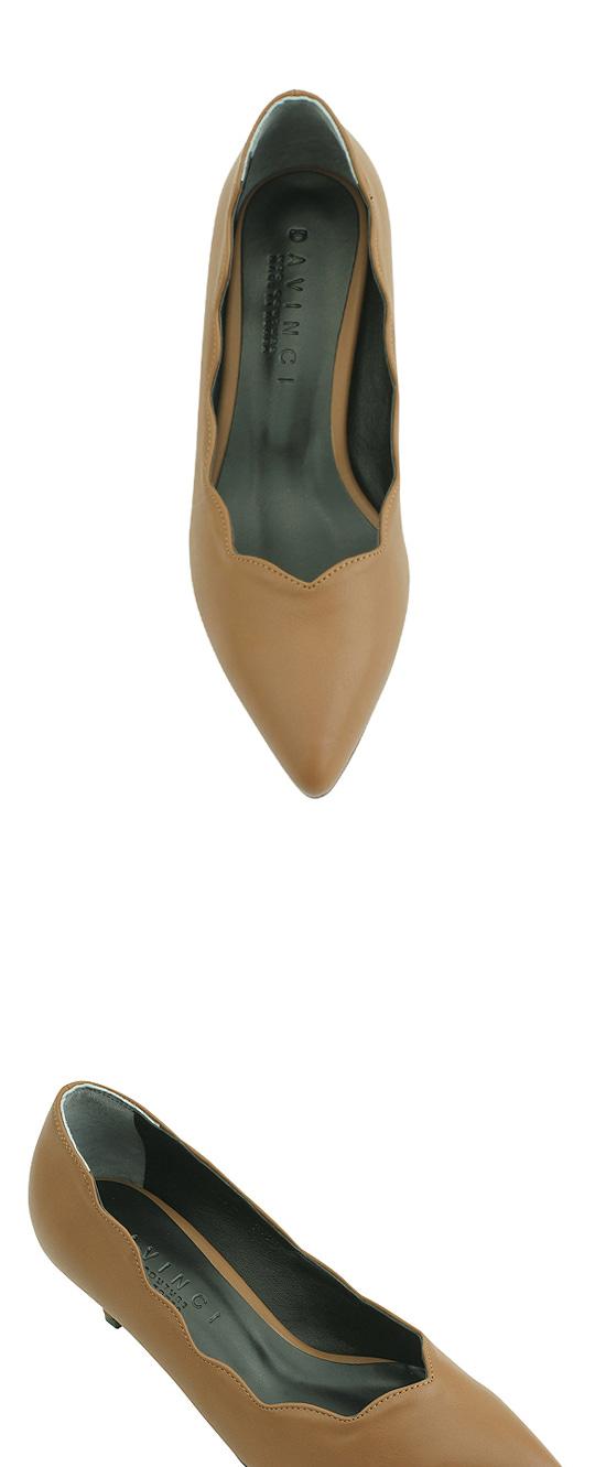 Wave Wave Pointed Nose Middle Heel Beige