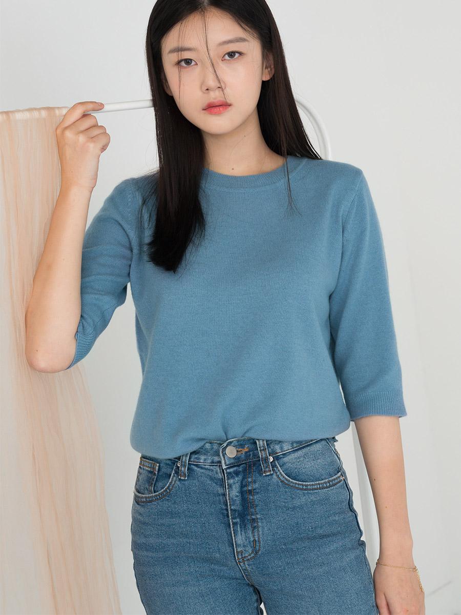 Basic fit round neck wool short sleeve knit