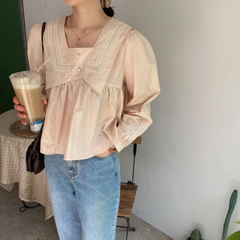 Damikara Neck Blouse