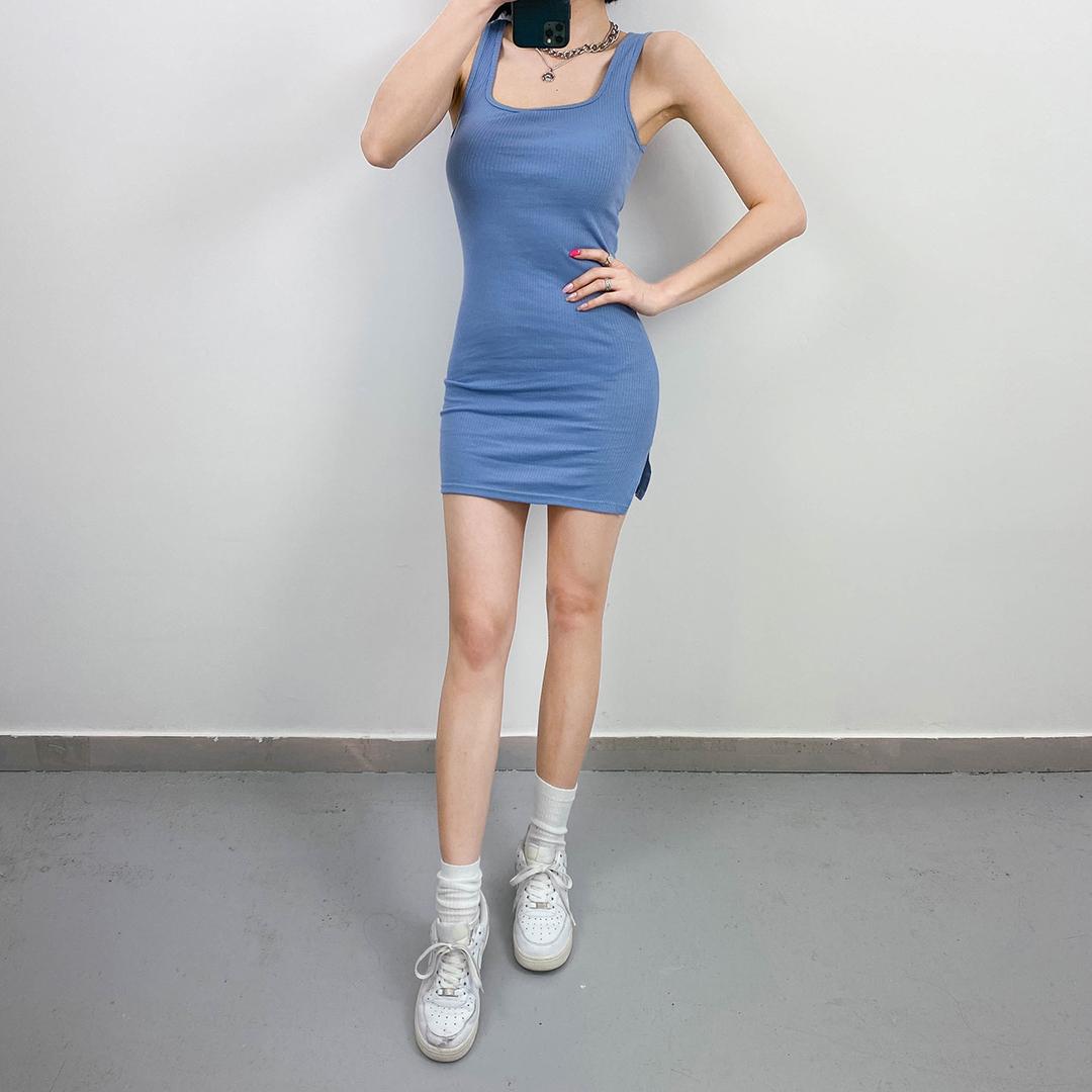 Square line dress