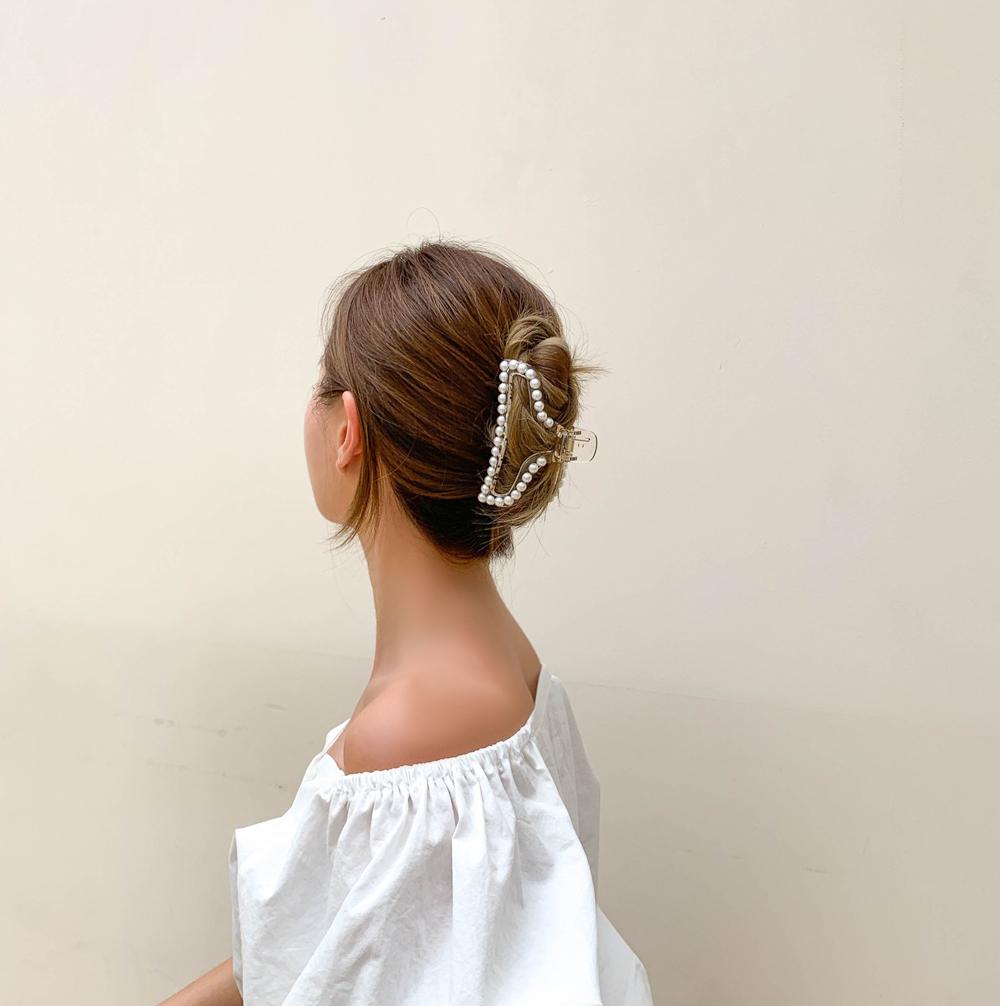 Long half moon hair clippers