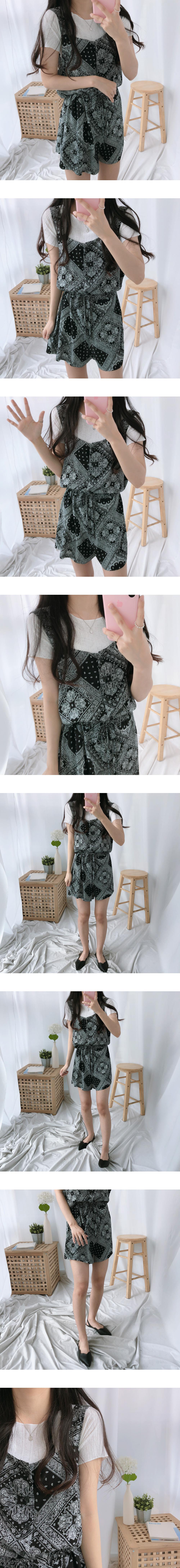 Line texture short sleeve t-shirt
