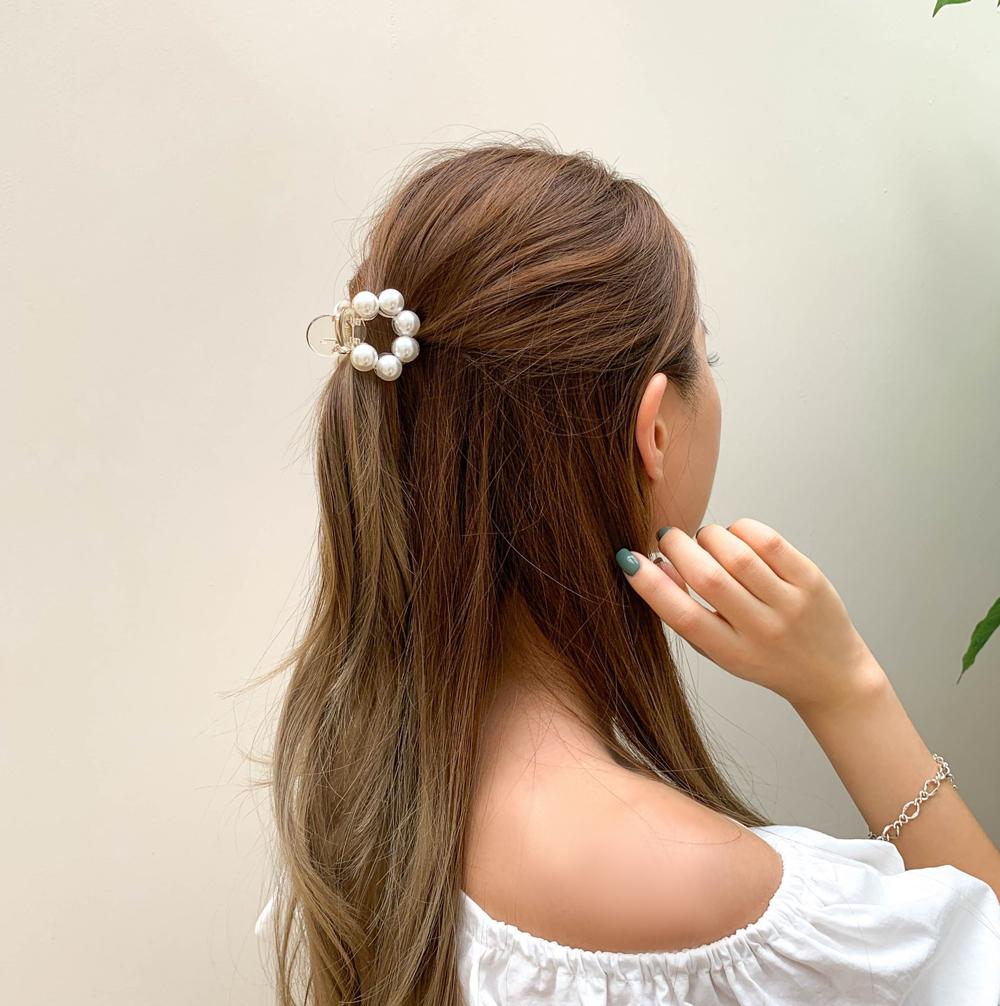 Round 6 Ball Pearl Hair Tongs