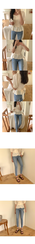 Latin ribbon blouse