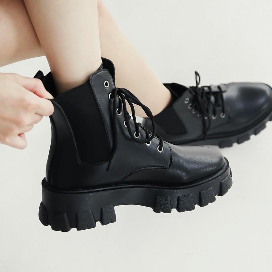 側邊鬆緊個性軍靴