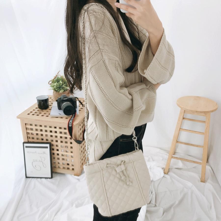 524 quilted bokjori shoulder bag Shoulder Bags