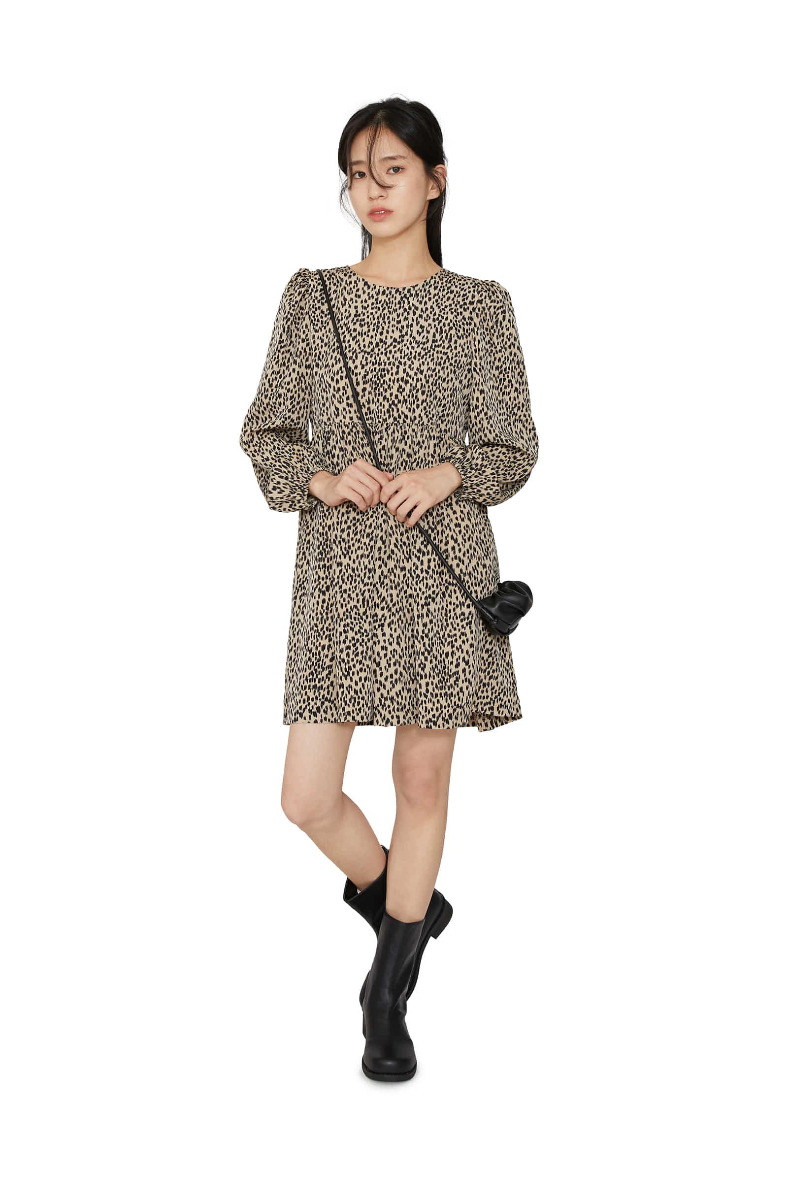 Basic leopard puff mini dress