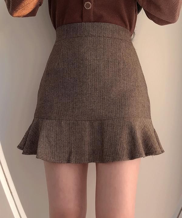 Herringbone frill mini skirt