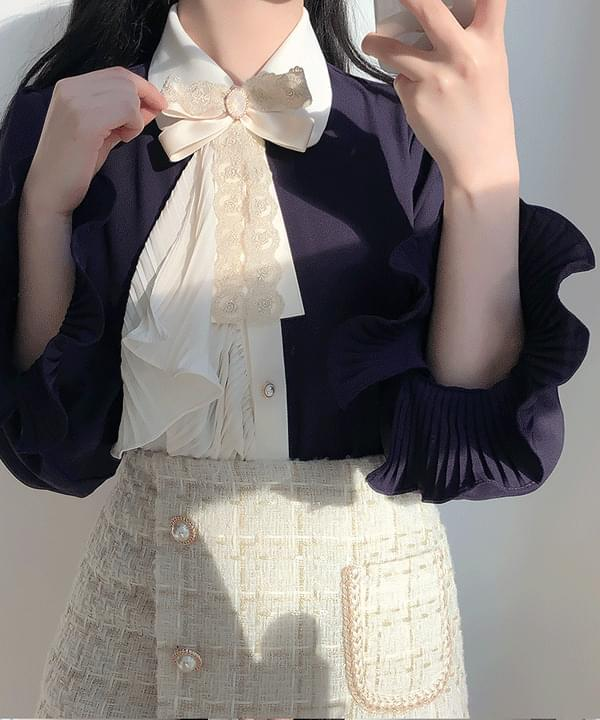 Brooch set, clear color matching collar blouse