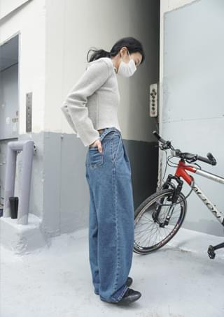 side buckle pin-tuck washing jean デニムパンツ