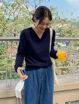 Soho Cashmere V-Neck Knit 針織衫