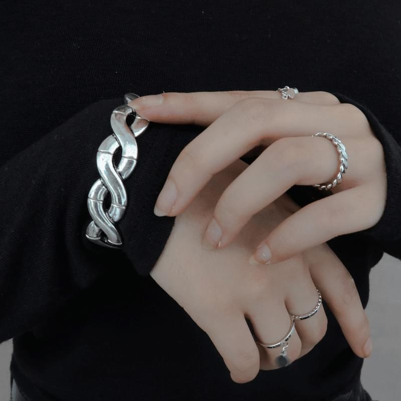 3-2 bold twist bracelet 手鐲