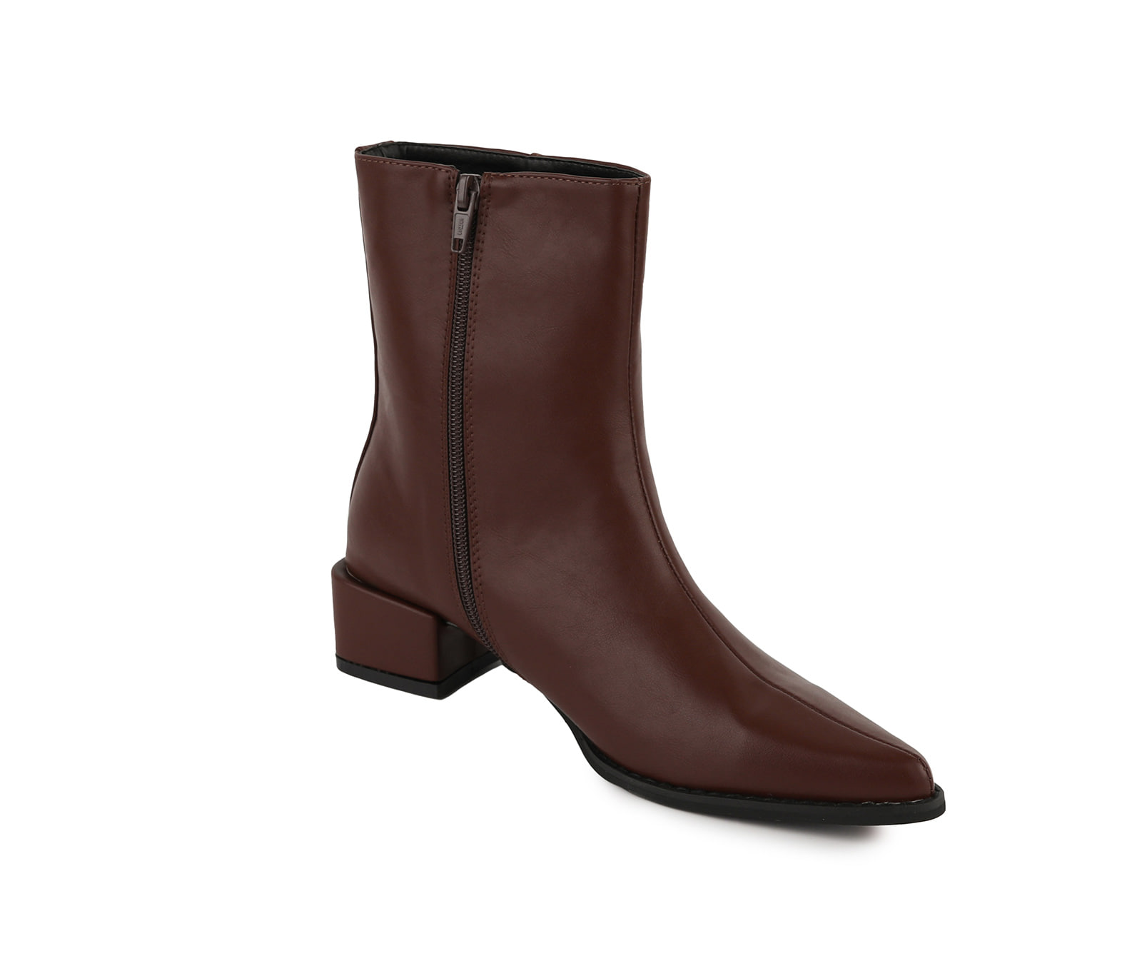 Burry middle heel ankle boots