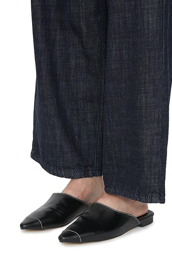 Modic point flat mules 平底鞋