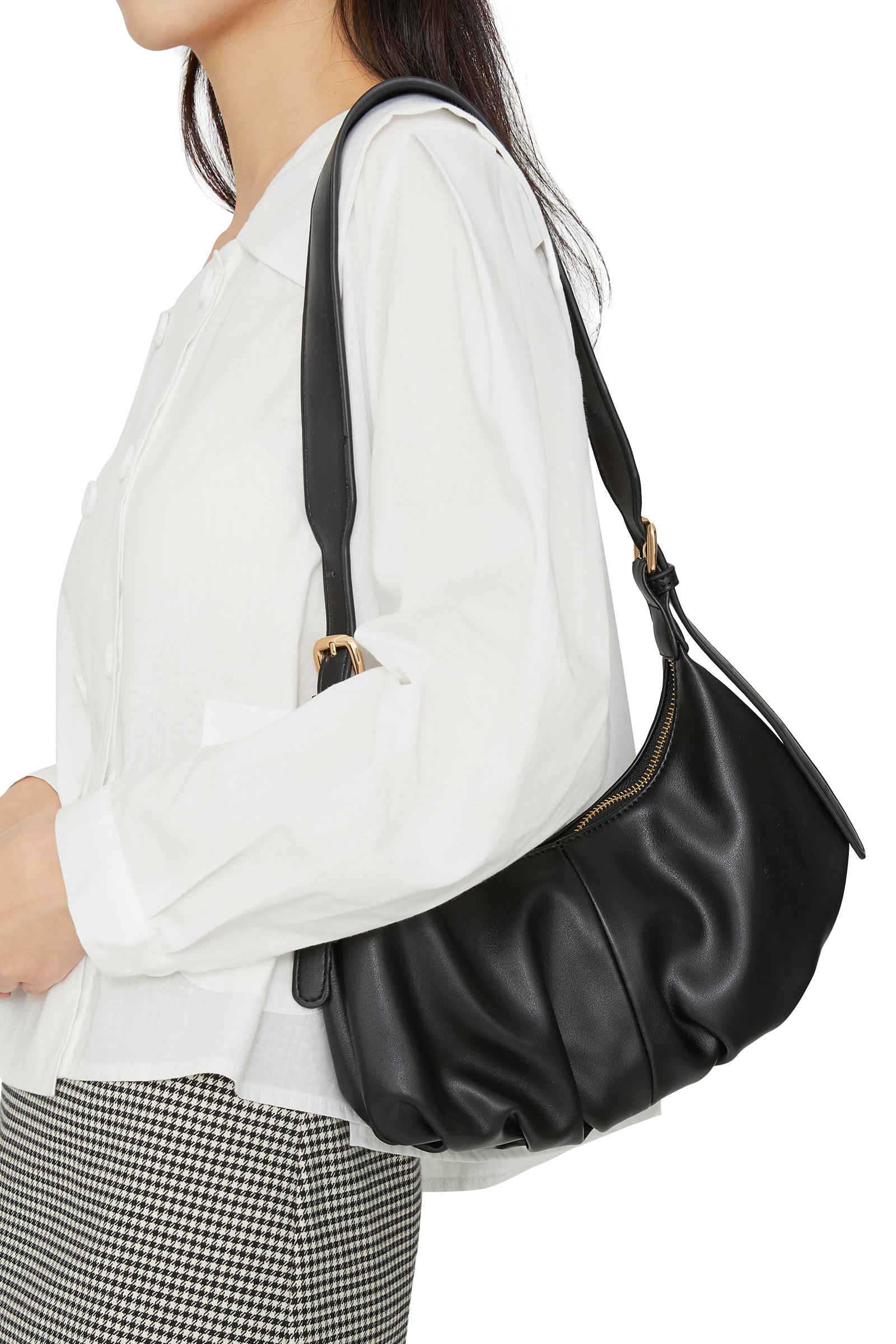 Way Wrinkle Shoulder Bag