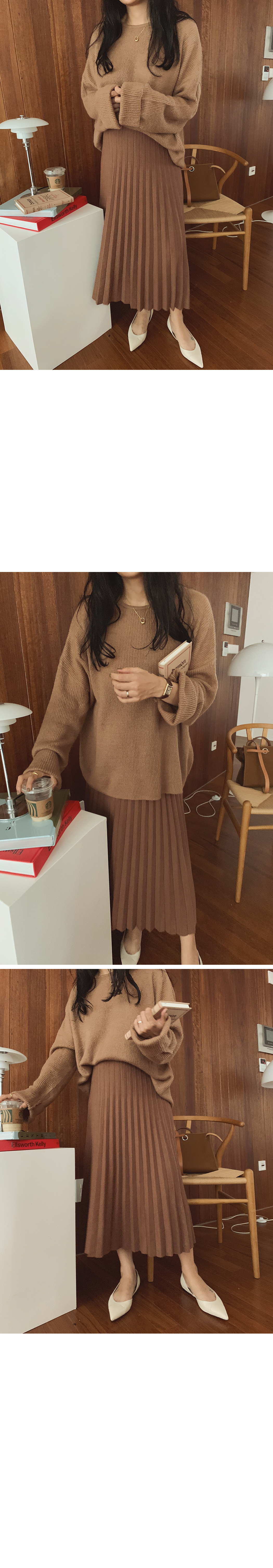 《Planned Product》 Latte Knit Pleated Skirt