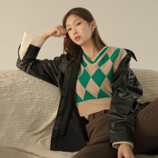 Mono unbalanced strap leather jacket