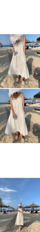 Beach goddess knot dress