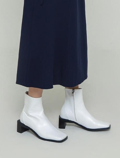 Ten square boots 靴子