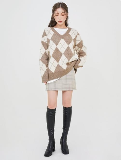Mute check skirt