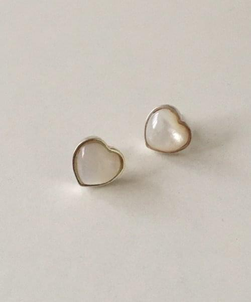 bright pearl earring