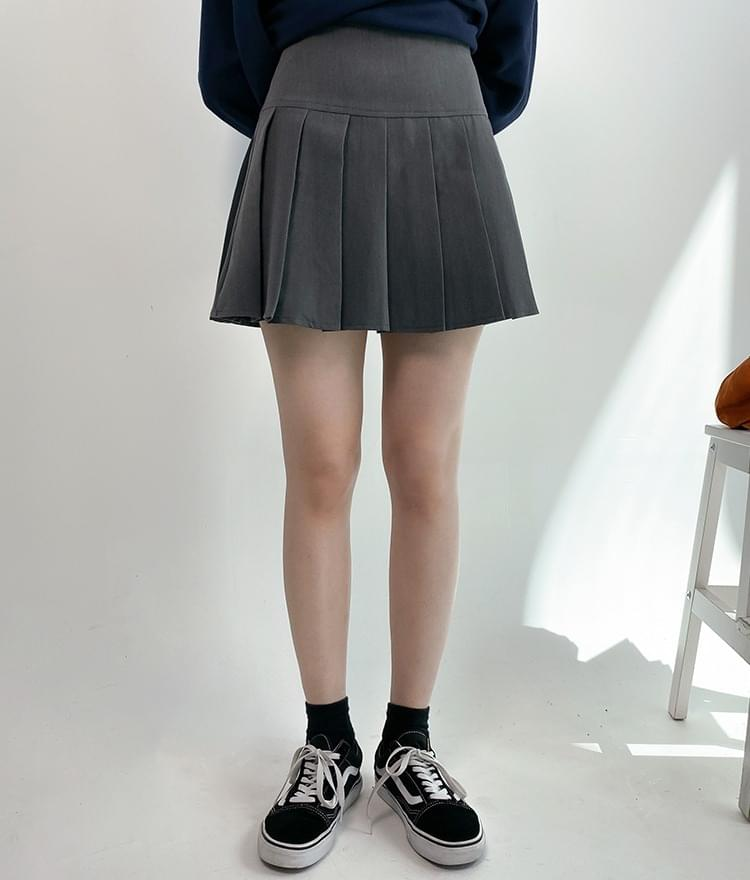 Tennis mini skirt